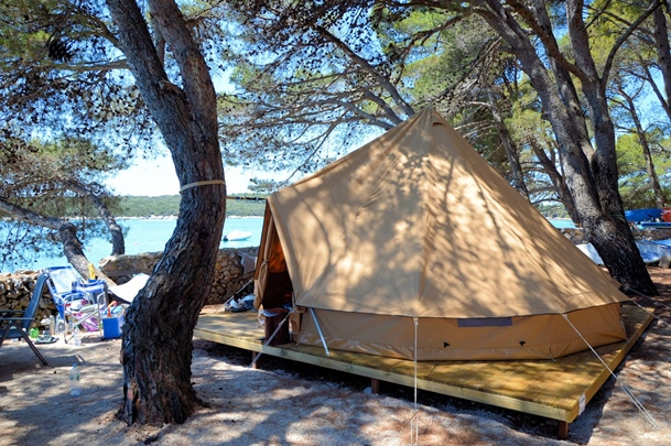 Gl&ing tents new 9 & Glamping tents